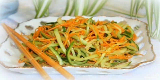 Салат из огурцов по-корейски на зиму — пальчики оближешь