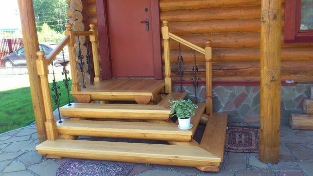 Как построить крыльцо из дерева – красивая и функциональная пристройка для входа в дом