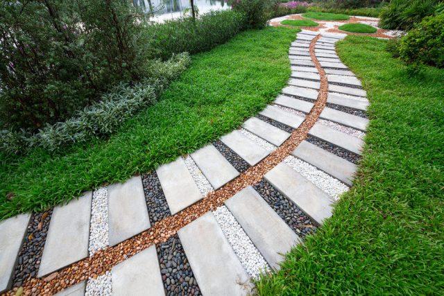 Планируем сеть дорожек на садовом участке