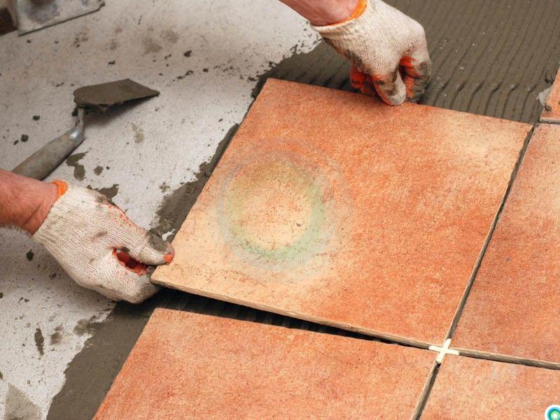 Укладка плитки в доме своими руками