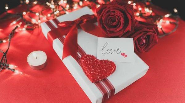 День влюбленных. Что подарить 14 февраля по знакам зодиака