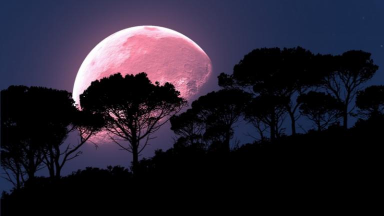 В Полнолуние 5 июня 2020 года 3 знака зодиака ожидают судьбоносные перемены в жизни