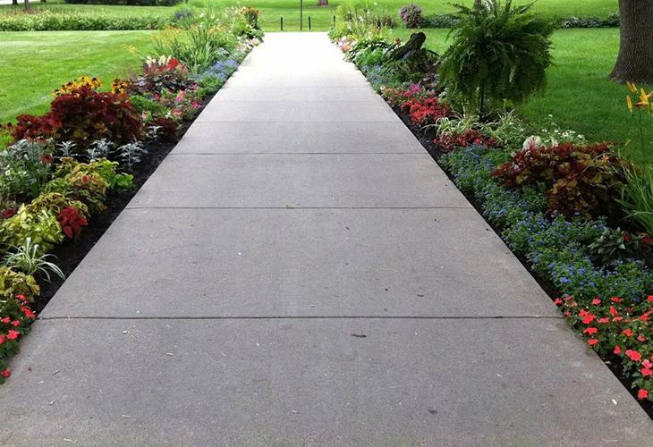 Садовые дорожки из бетона