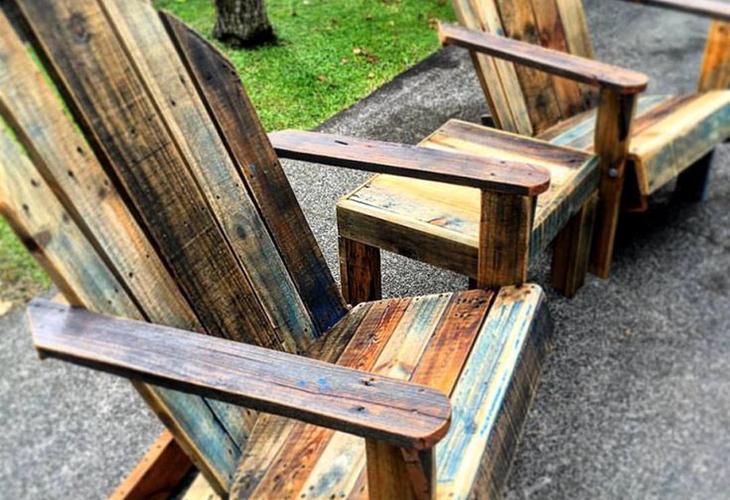 Садовая мебель из старых досок