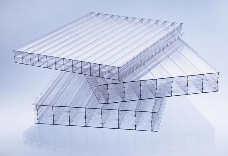 Сотовый поликарбонатовый лист