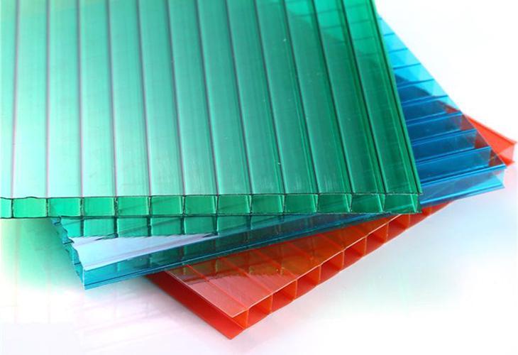 Цветные поликарбонатовые листы