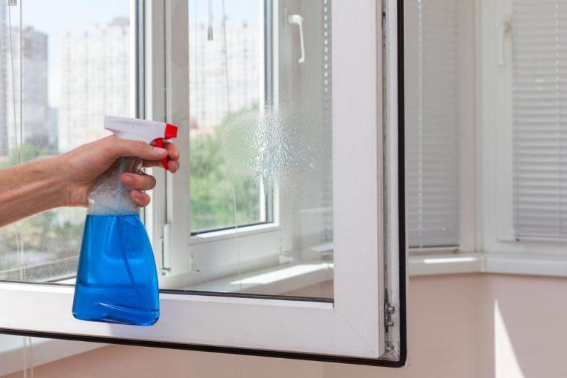 Чай для мытья зеркал и окна