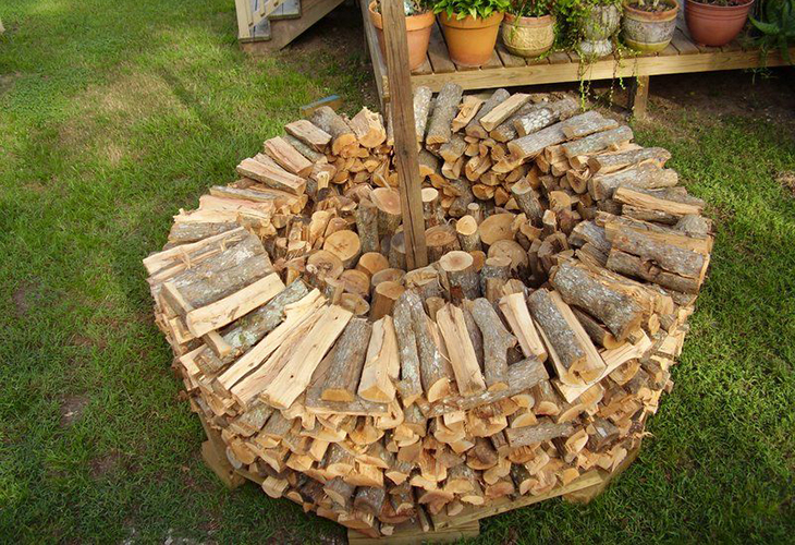 Укладка дров по кругу