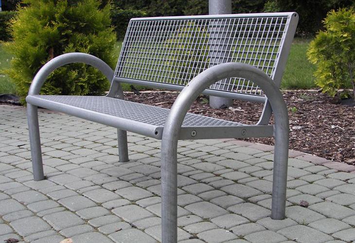 Скамейка из алюминия