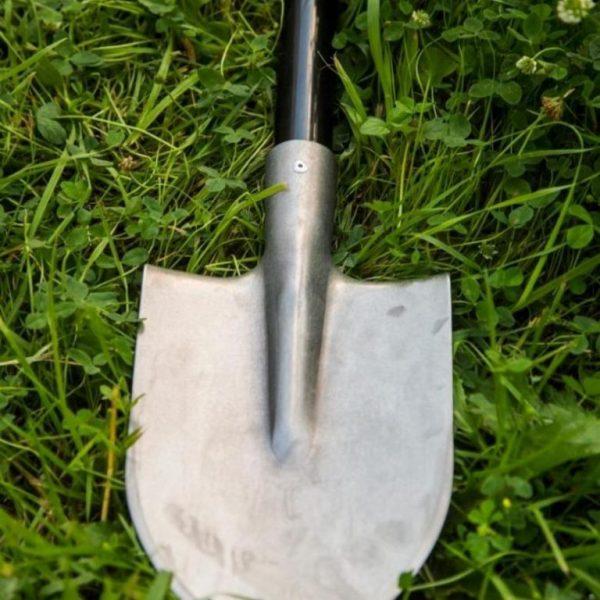 Какая она, лопата удобная для огорода, дачи и сада?