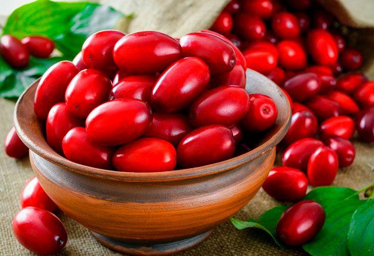 Применение ягод кизила